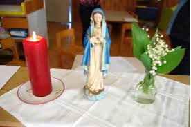 Mesec maj – Marijin mesec – šmarnična pobožnost